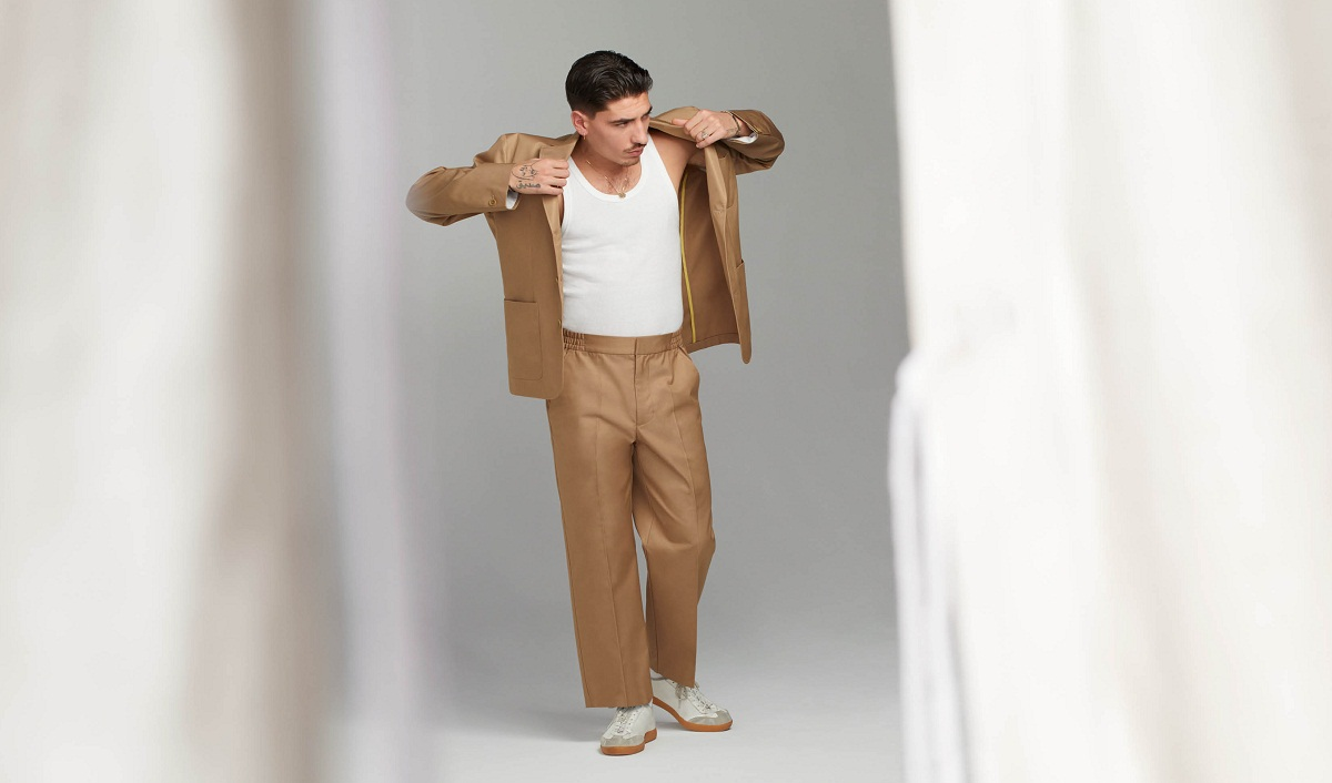 H&M Collaborates with Hector Bellerin