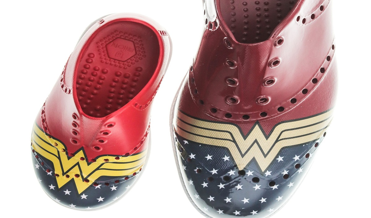 Biion Footwear, Warner Bros. Create Wonder Woman Shoe