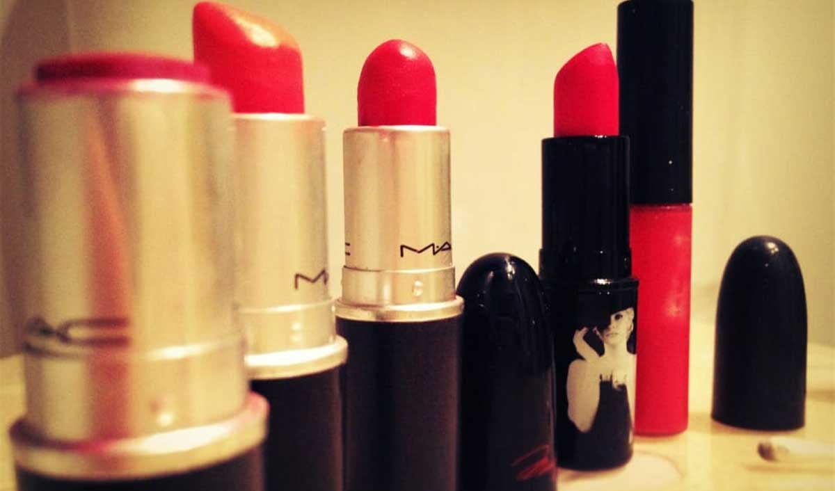 Alexa Demie, MAC enter beauty collab