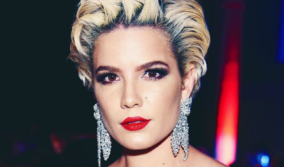 Singer Halsey Launches New Beauty Brand 'about-face'