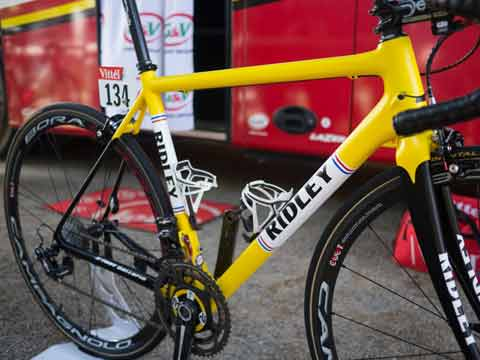 Ridley Bikes paddles to India