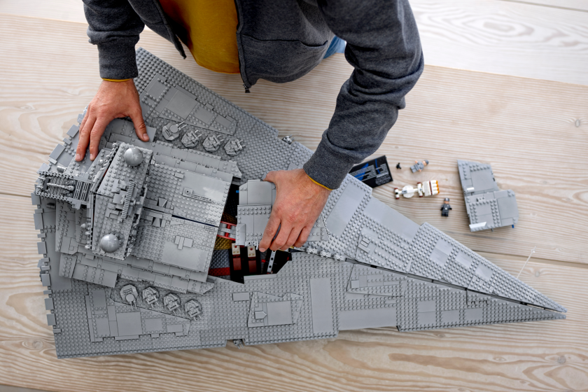 THAT'S NO MOON: LEGO LAUNCHES NEW 'STAR WARS' BUILD SETS