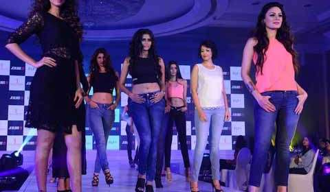Miss Universe Apparel Debuts in India with Jealous 21