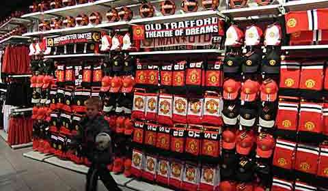 Man U teams with HCL for new digital initiatives