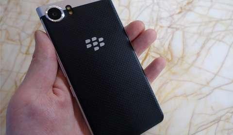 Delhi based Optiemus bags BlackBerry's license for smartphones