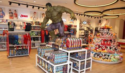 Disney launches licensed stores with DLF Brands