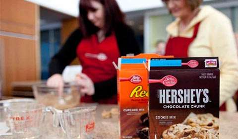 Betty Crocker expands partnership with The Hershey Company